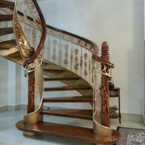 پله گرد و مدرن