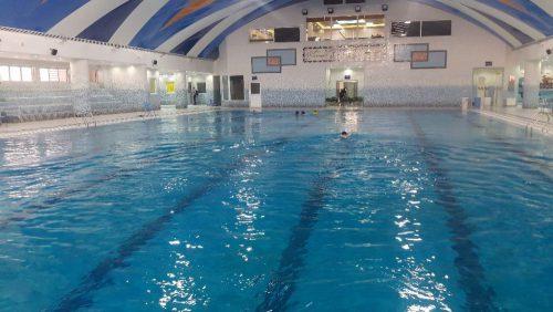 آموزش شنا و اب درمانی