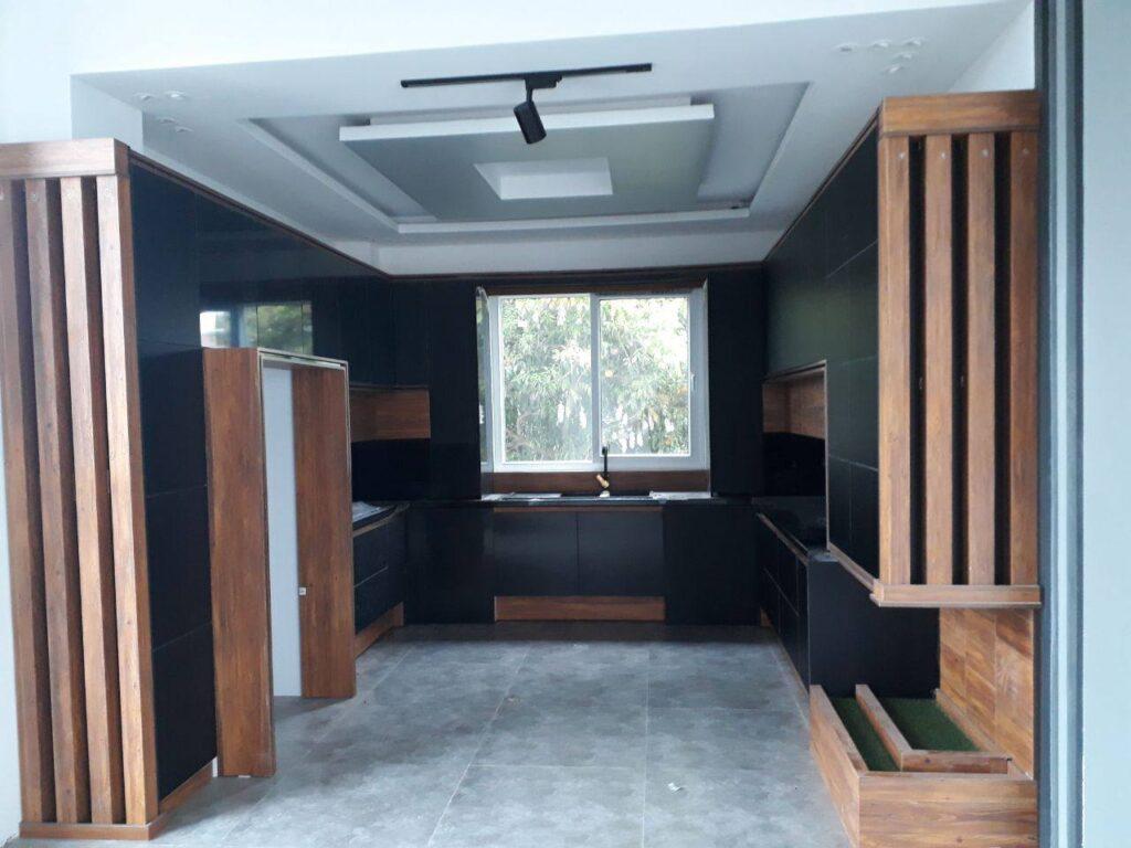 فروش ۲۵۰ متر ویلا مدرن استخردار