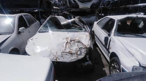 خرید و فروش ماشین تصادفی